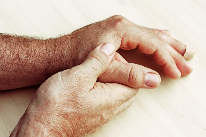 Artritída: Ako infekčný či neinfekčný zápal kĺbov, aké má príznaky?