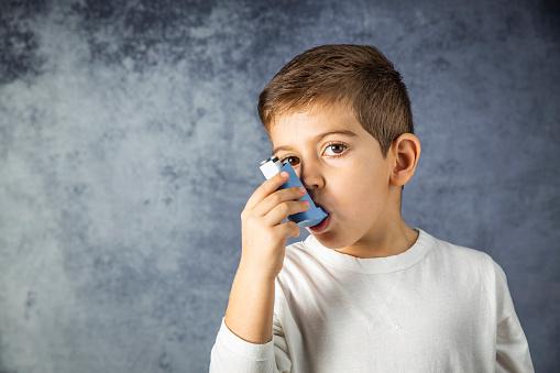 Astma bronchiale: Čo je astma, prečo vzniká záchvat a čo pomáha?