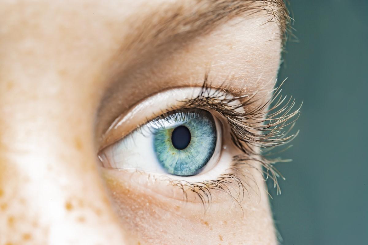 Odlúpenie sietnice: Aké príčiny a príznaky má poškodená sietnica oka?