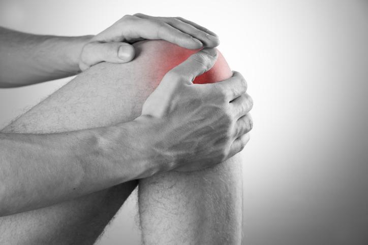 Septická artritída: Bolestivý infekčný zápal kĺbu, ako sa prejavuje?