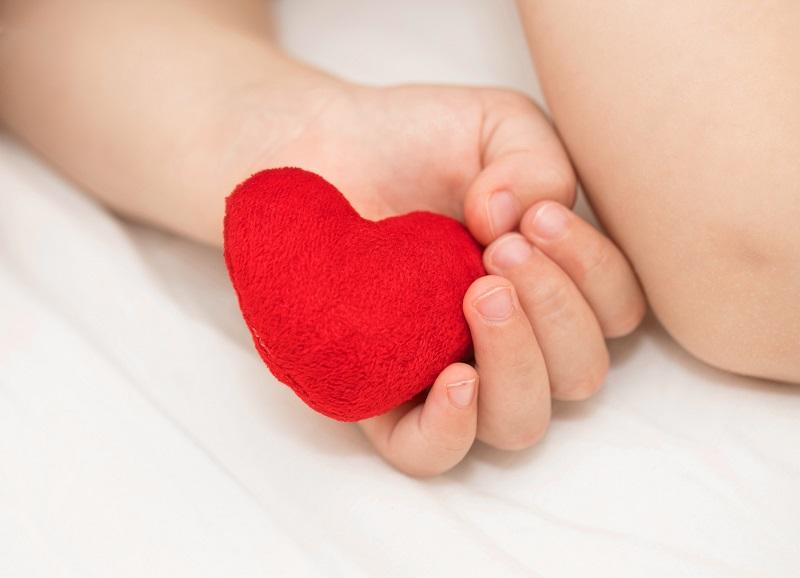 Vrodené srdcové chyby: Rozdelenie srdcových defektov a vád? + Príznaky