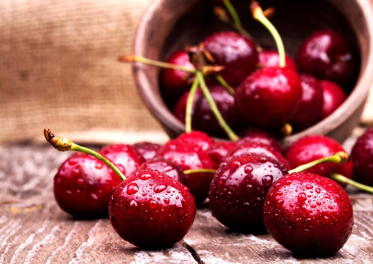 Recept na zdravú čerešňovú bublaninu? Tradičná i fit z kokosovej múky