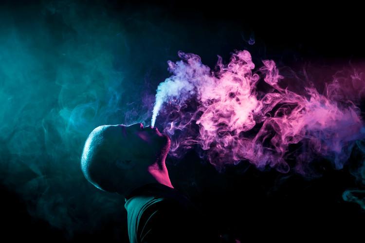 Veľký zrelé fajčenie
