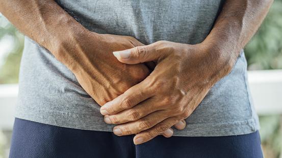 Čo spôsobuje chronickú panvovú bolesť a ako sa lieči?