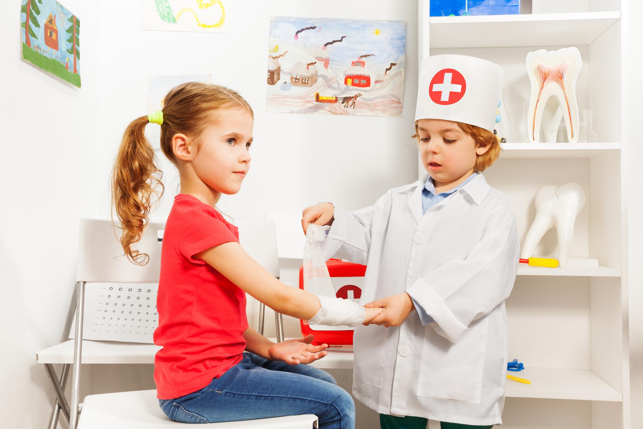 Deti a najčastejšie letné úrazy, ktoré im hrozia. Poznáte ich?