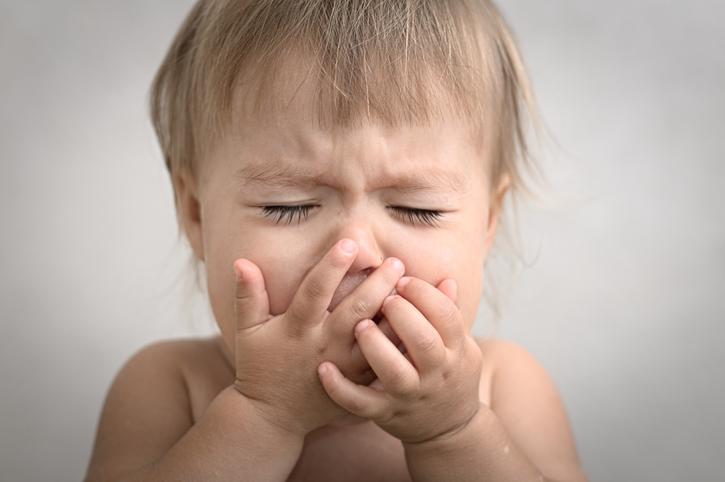 Kedy a aké hrozí nebezpečenstvo pri zvracaní dieťaťa