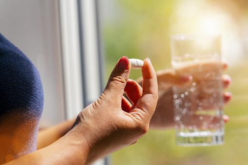 Rezistencia na antibiotiká: Prečo ich užívať presne?