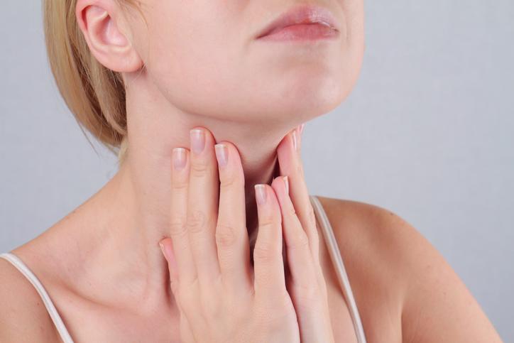 Štítna žľaza a príznaky problémovej činnosti