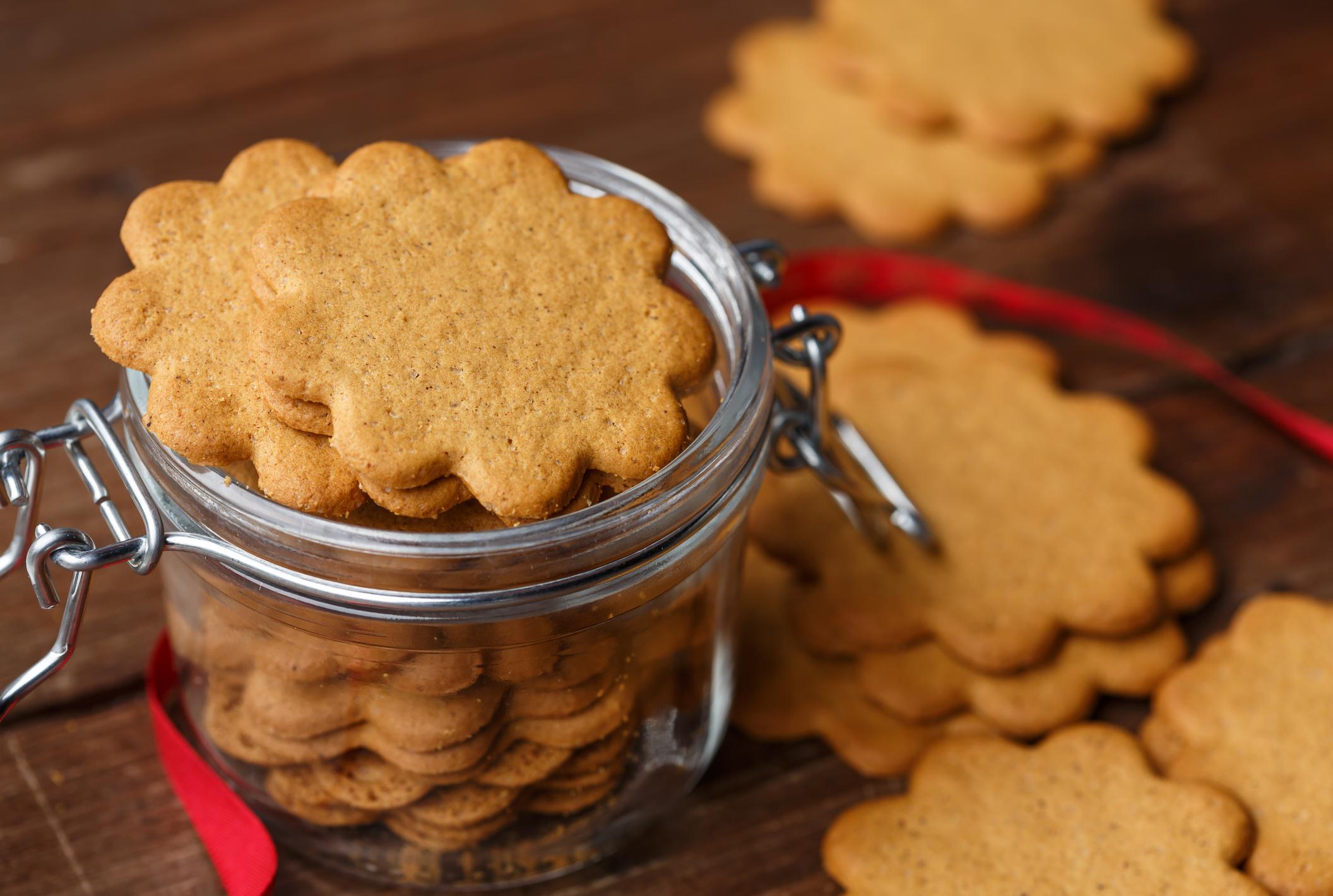 Vianočný recept na fit medovníky z mandľovej múky pre celiatikov? Upečte si s nami zdravé vianočné pečivo