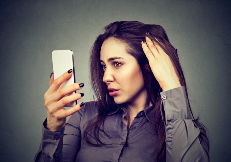 Vypadávanie vlasov trápi rovnako mužov ako aj ženy