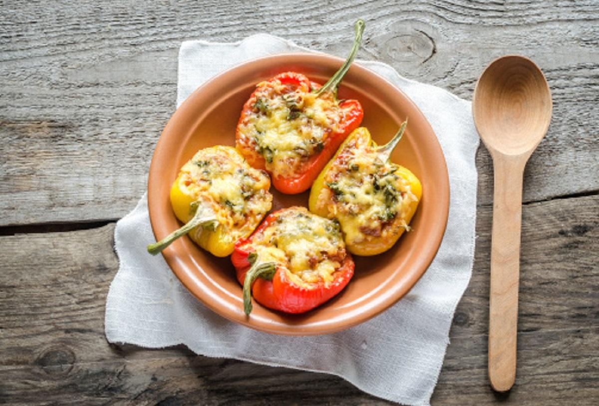 Zdravý recept z čerstvej papriky: Ako na plnenú pečenú papriku?